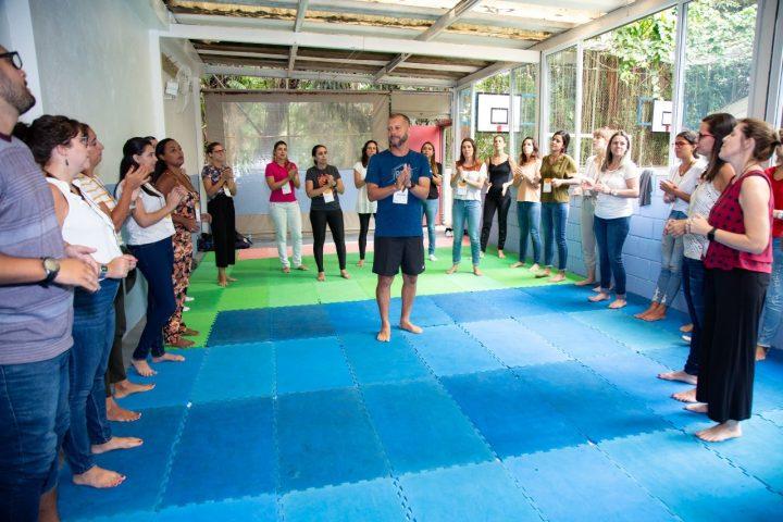 Quando a educação infantil vira corpo em movimento Prof. Marcos Santos Mourão (Marcola)